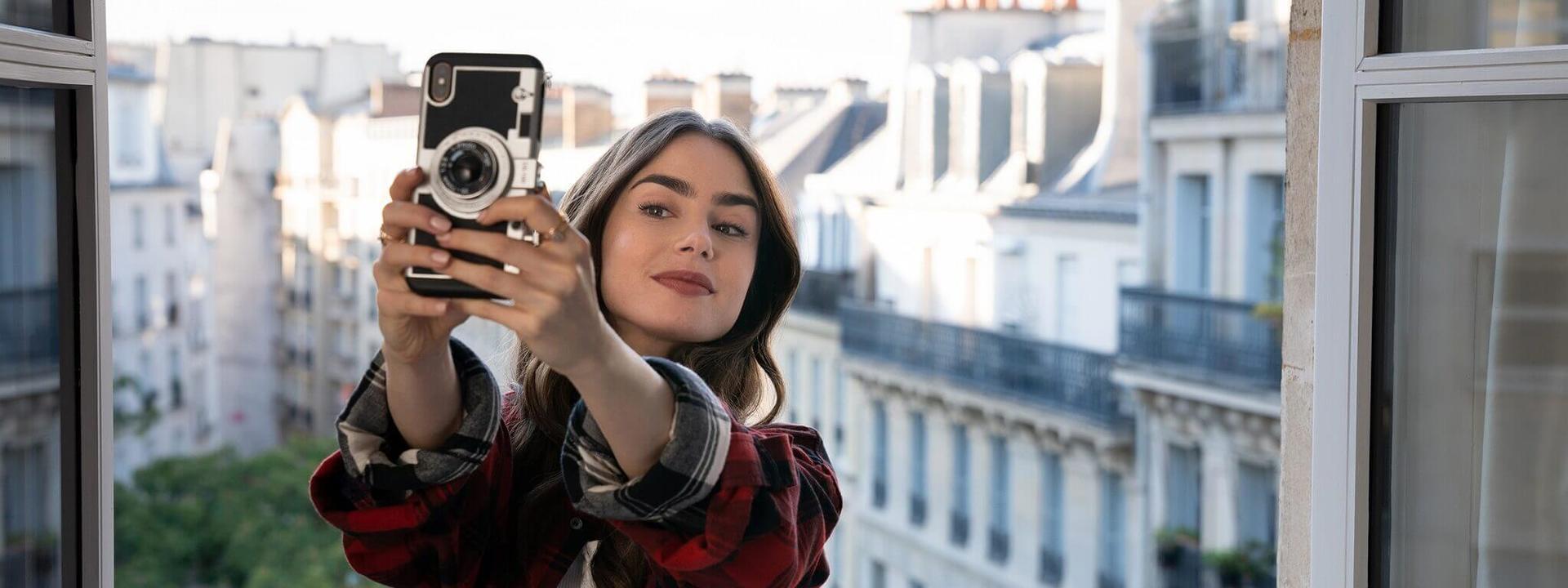 艾蜜莉的巴黎生活就是浪漫+帥哥